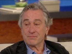 De Niro chorando no programa Katie, da tv americana - Don Corleone também tem coração.